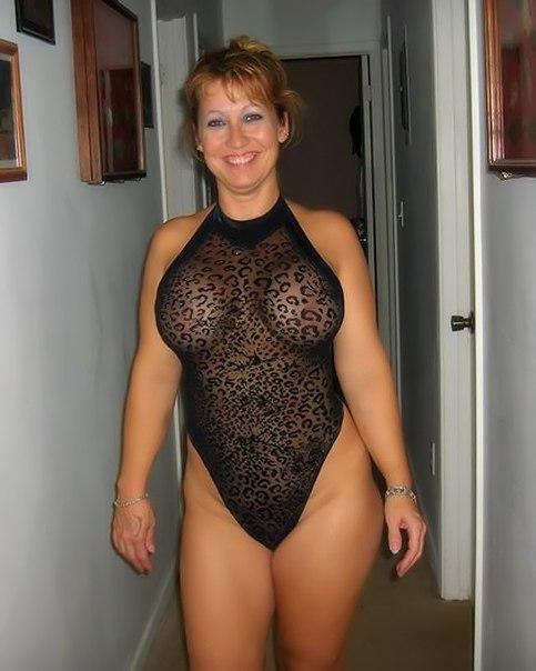 Проститутки желают почувствовать в своей вульве что-то твердое