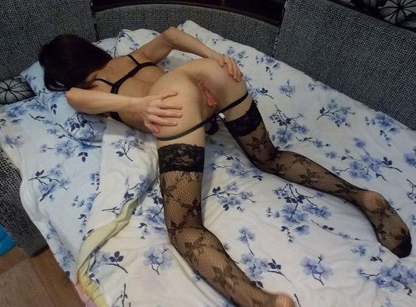 Сексуальные задницы и ножки в красивых чулках