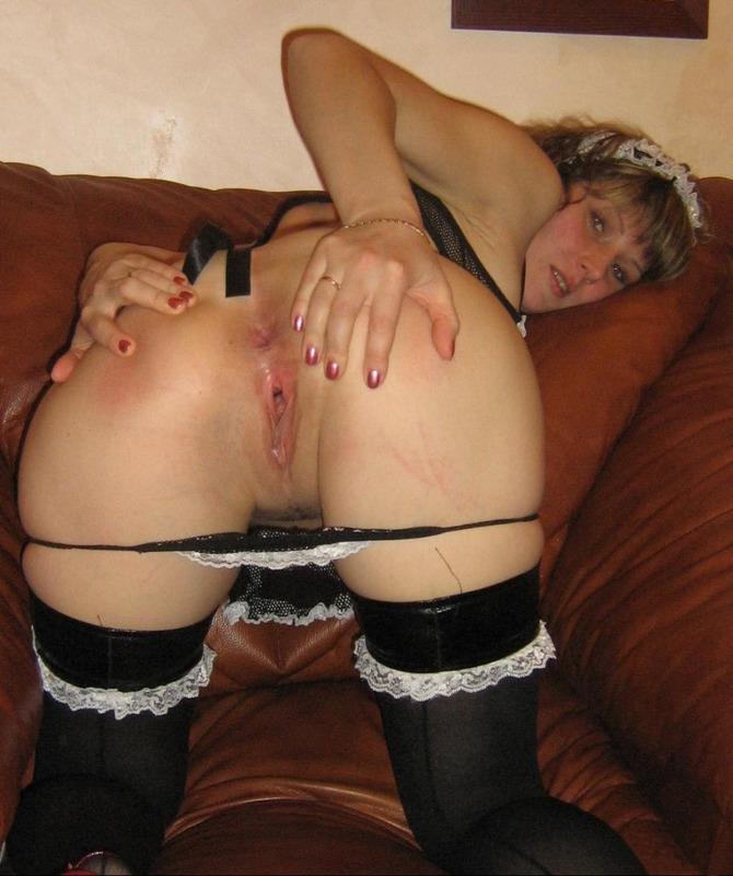 Озабоченная жена обожает играть с секс игрушками перед мужем