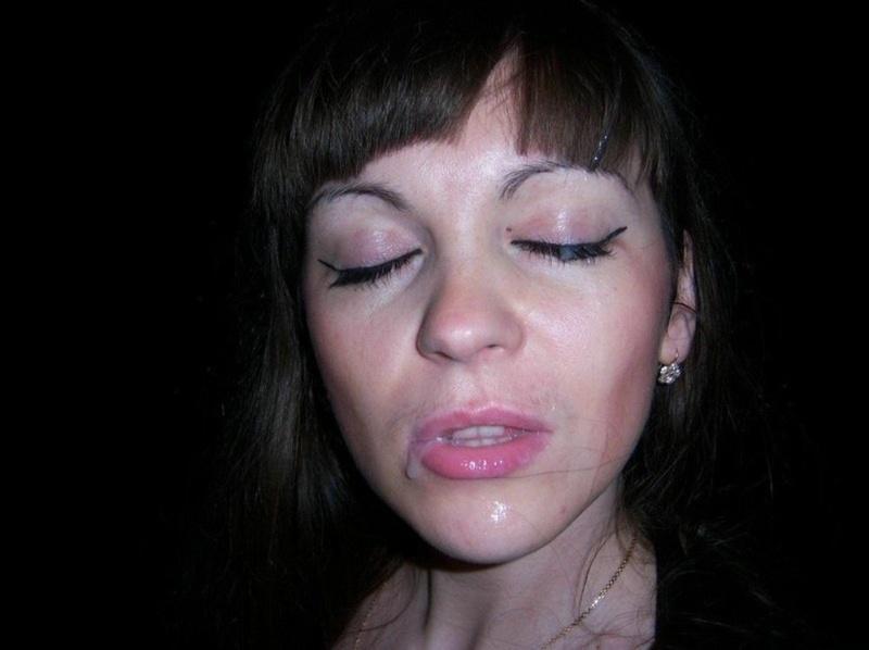 Длинноволосая тёлка везде ходит без лифчика секс фото