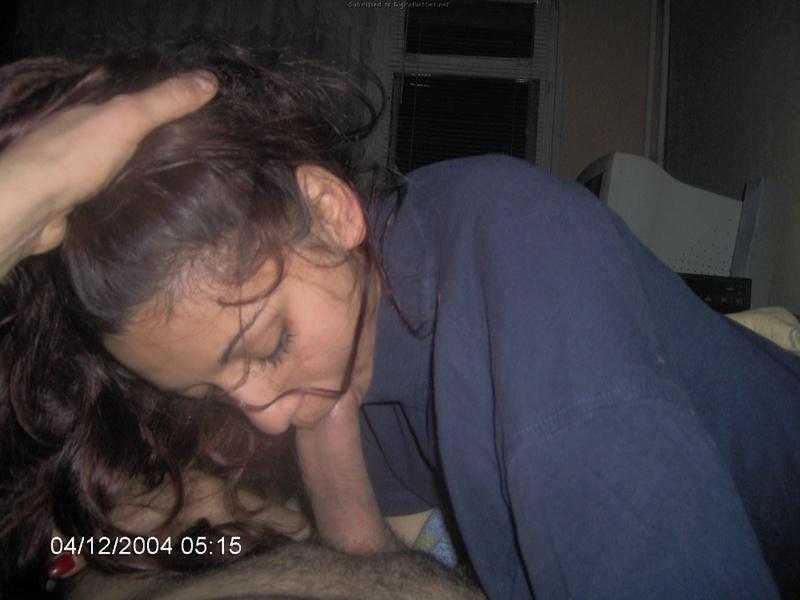 Иностранка пришла в отель у туристу и взяла в рот его фаллос