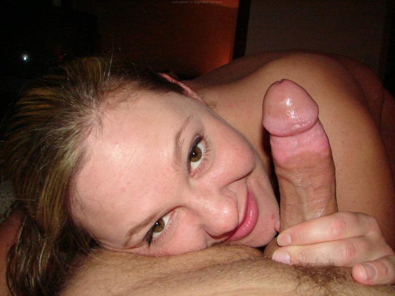Стерва разрешила мужу снимать как она сосет