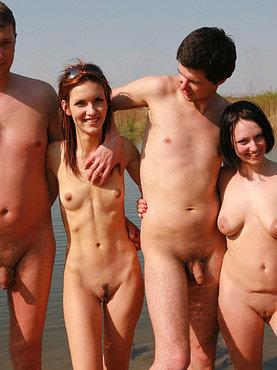 Порно фото с нудистских пляжей