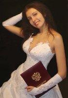 Брюнетка показала письку сразу после свадьбы 2 фотография