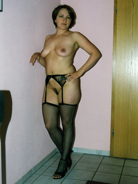 Порно в раздевалке в магазине фото
