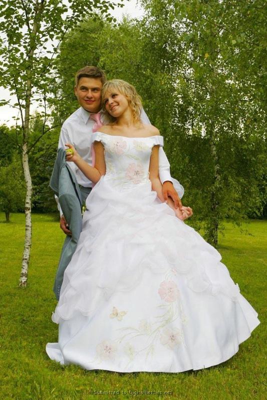 Невеста сбросила свадебное платье после свадьбы смотреть эротику