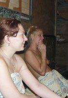 Пьяные лесбухи в бане устроили оргию 9 фотография
