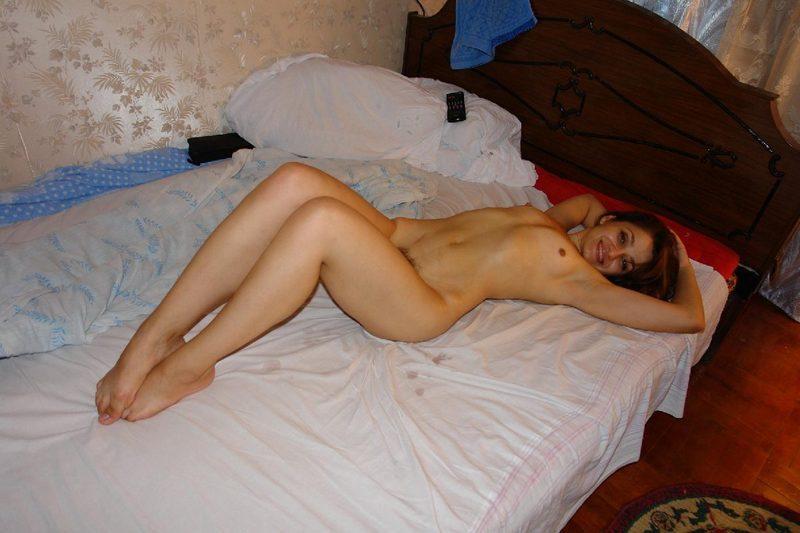Джана из Азербайджана выставляет напоказ лохматую писю секс фото