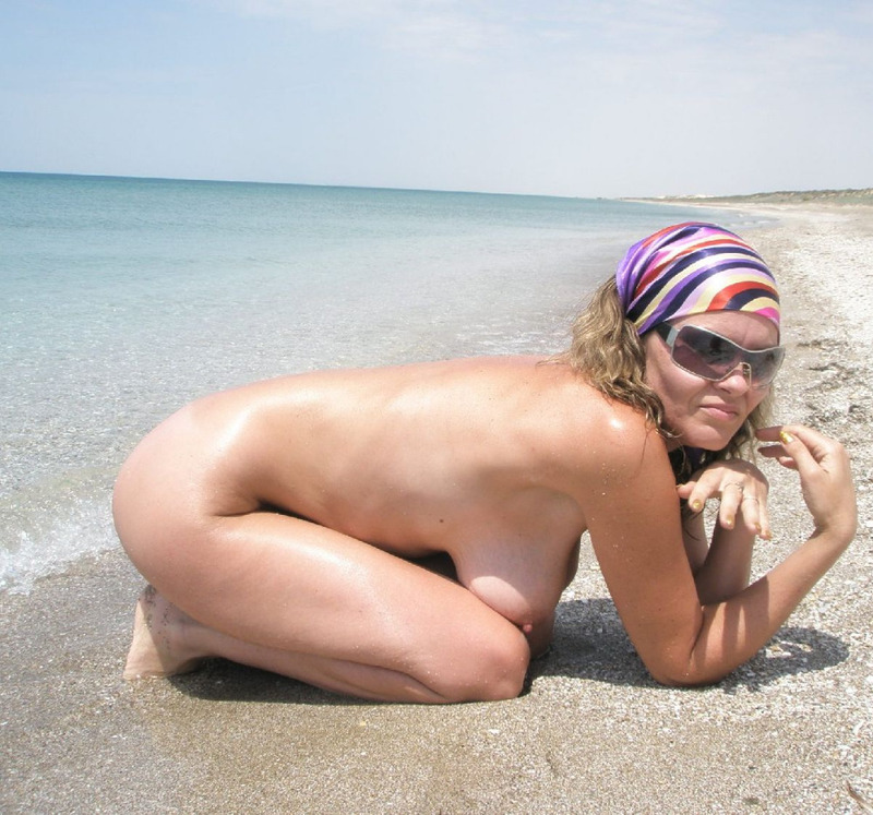 Порно зрелые женшина на море