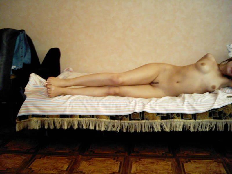 Восхитительная давалка путешествует по чужим кроватям