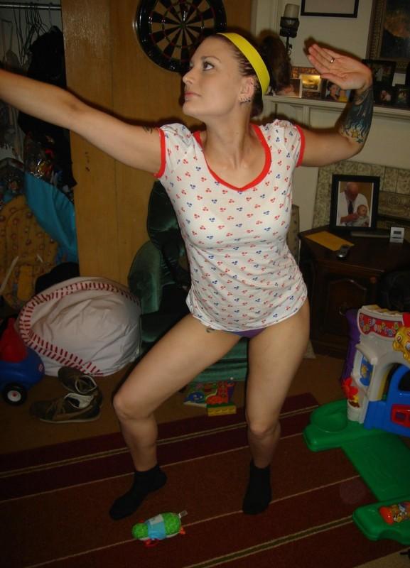 Джесика показывает как сильно она хочет трахаться