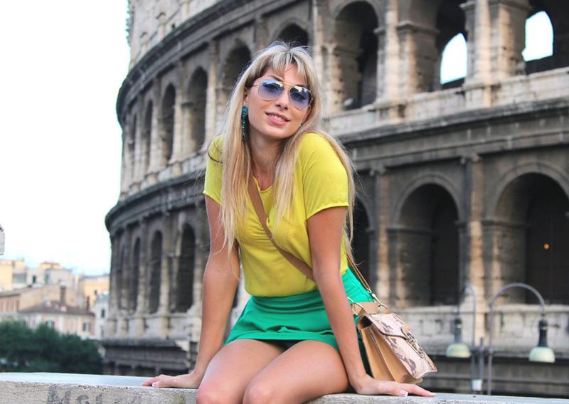 Итальянская модель не стыдится позировать обнаженной для журналов