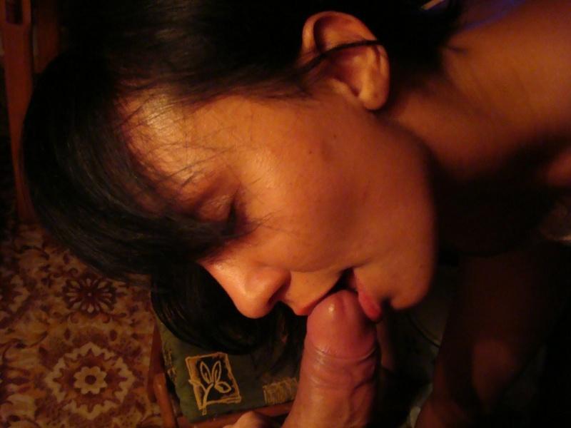 Умелая няшка назначила встречу любовнику в домашних условиях смотреть эротику