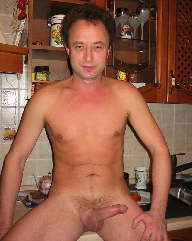 Муж отправил семя в рот супруги секс фото