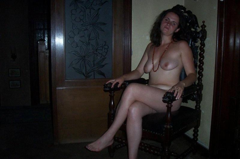 Супруга дала мужу вернувшись домой секс фото