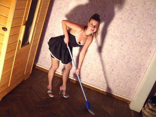 Грешница любит развлечься в домашних условиях в ролевые игры секс фото