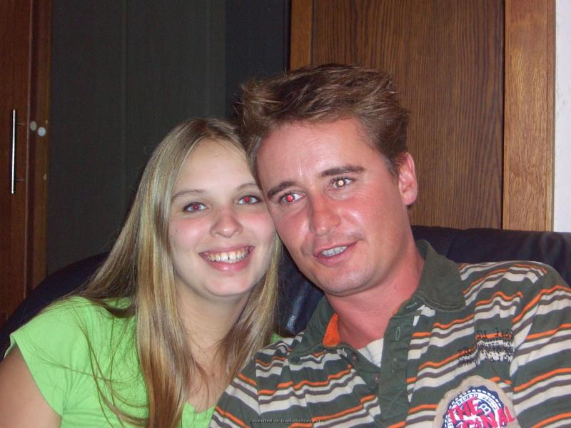 20-летняя светлая порноактриса отправилась в отпуск с состоятельным мужем