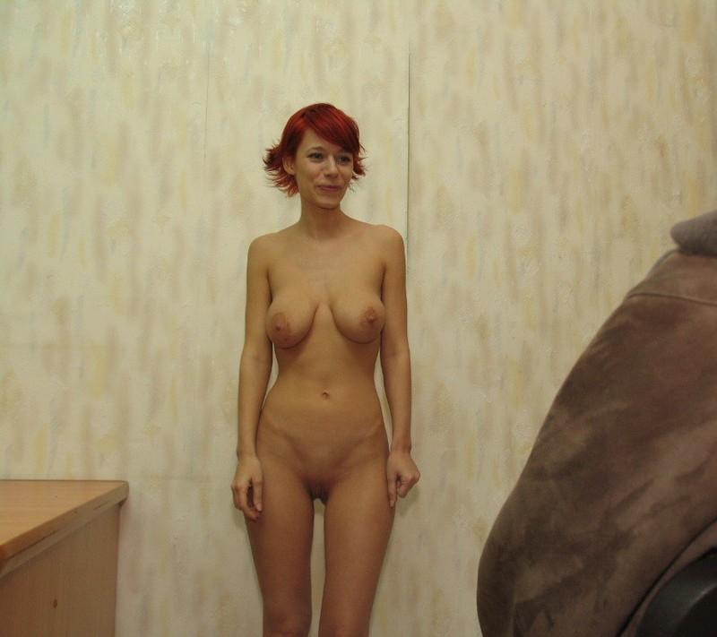 Рыженькая бестия не стала одеваться после ванной