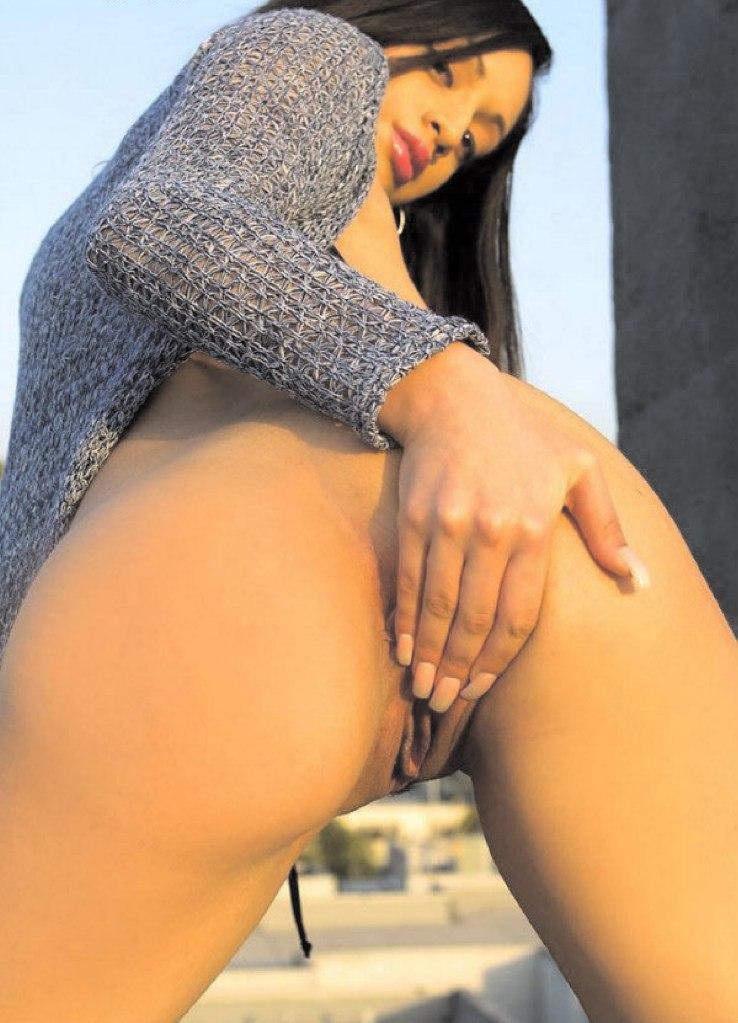 Раздолбанные дыры возбужденных проституток