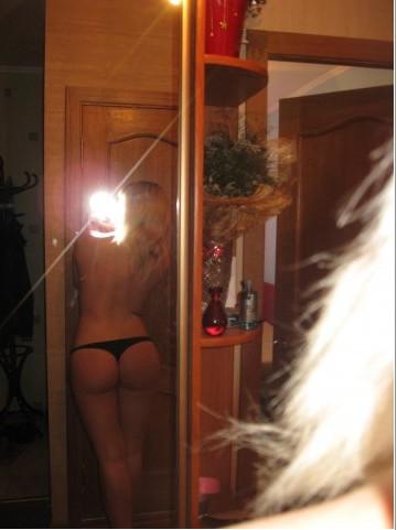 Сногсшибательные бабы в соблазняющем нижнем белье секс фото