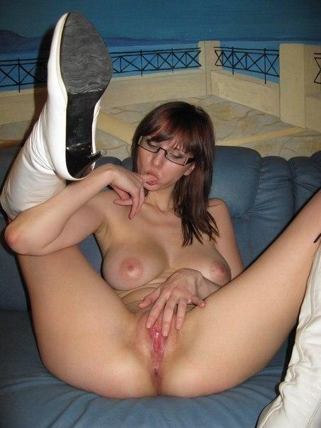 Девочки готовятся к страстному сексу со своими мужчинами