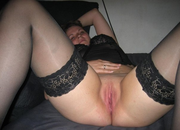 Девушки оголили гигантские сисяндры для фотосессии секс фото