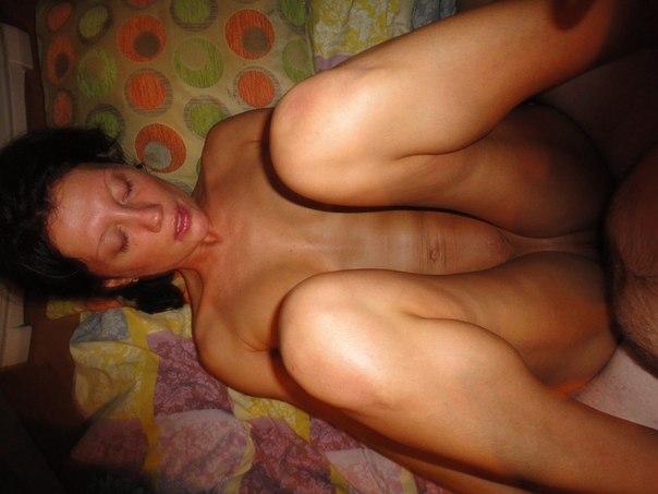 Супруг старательно дрючит свою жену в квартире