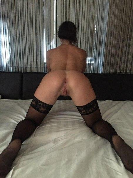 Девахи ради новых ощущений соглашаются на секс с 2-мя пацанами смотреть эротику