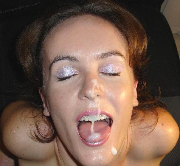 Соски охотно получают сперму в рот