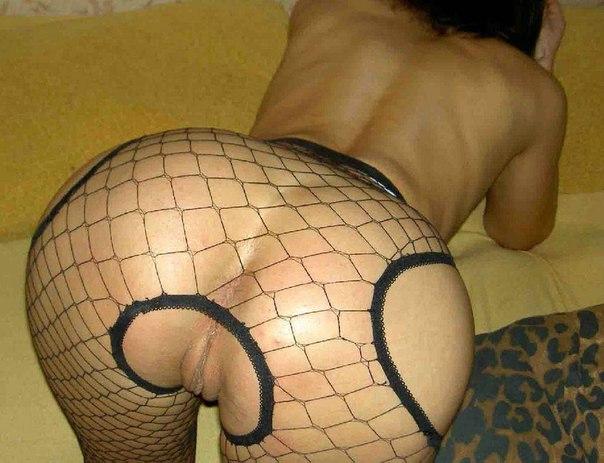 Горячие марамойки везде рады обнажать горячие дыры секс фото