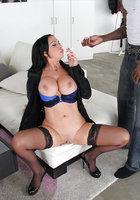 порно отсосала за сигарету фото
