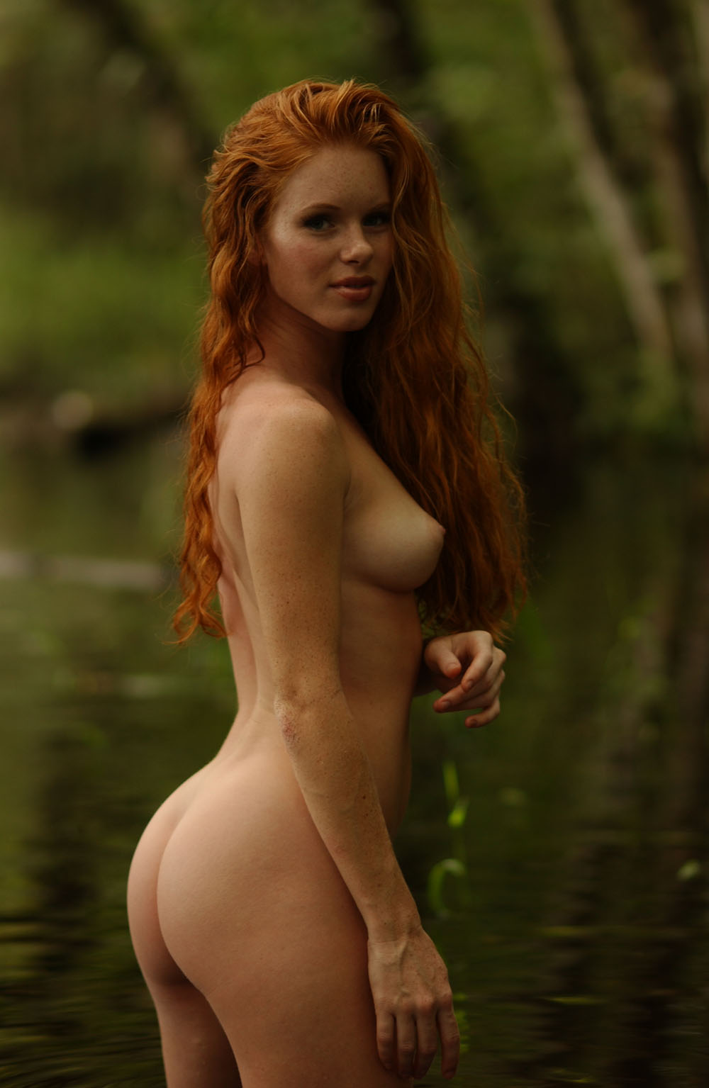 Selfie naked thick girls redheads boring