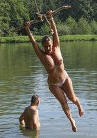 Женщины старше 40 лет не стесняются оголять большие сиськи 11 фотография