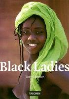 Даже негритянки не против позировать перед камерой 12 фотография