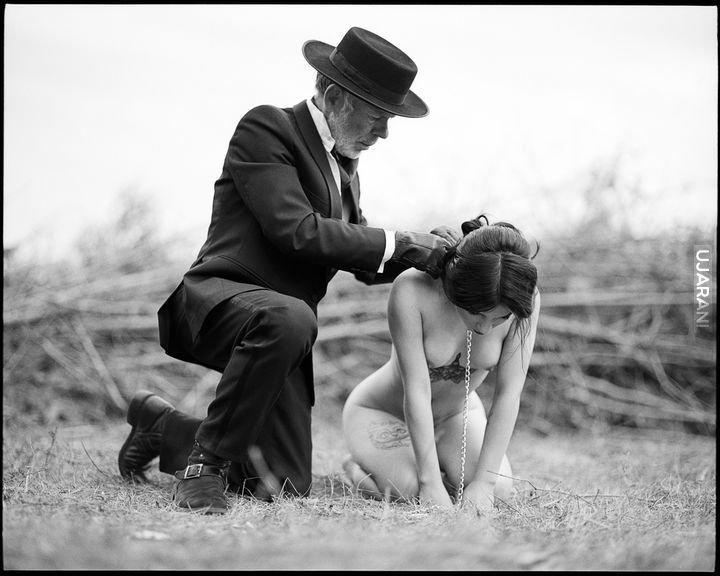 Интимные фифочки готовы примерить на себя любой образ смотреть эротику