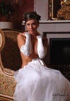 Пошлые невесты развратничают перед свадьбой 11 фотография