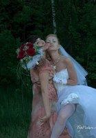 Пошлые невесты развратничают перед свадьбой 16 фотография