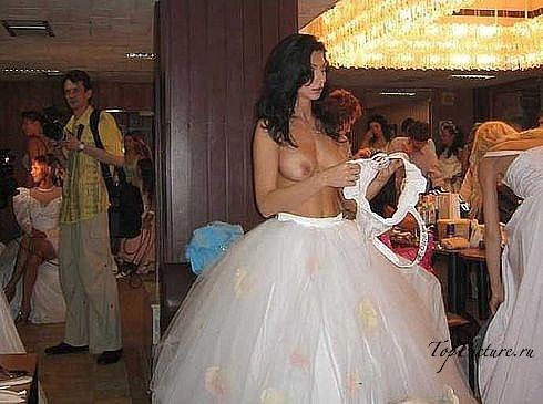 Развратные невесты развратничают перед свадьбой