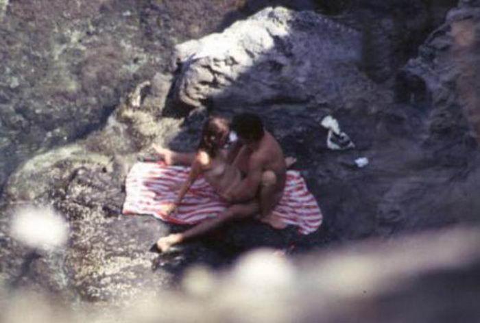 Ласковые пары не прочь чпокаться в людных местах