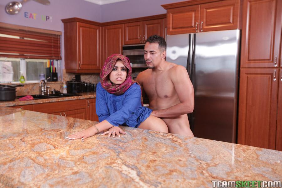 Жених сделал кремпай арабке Ada Sanchez секс фото
