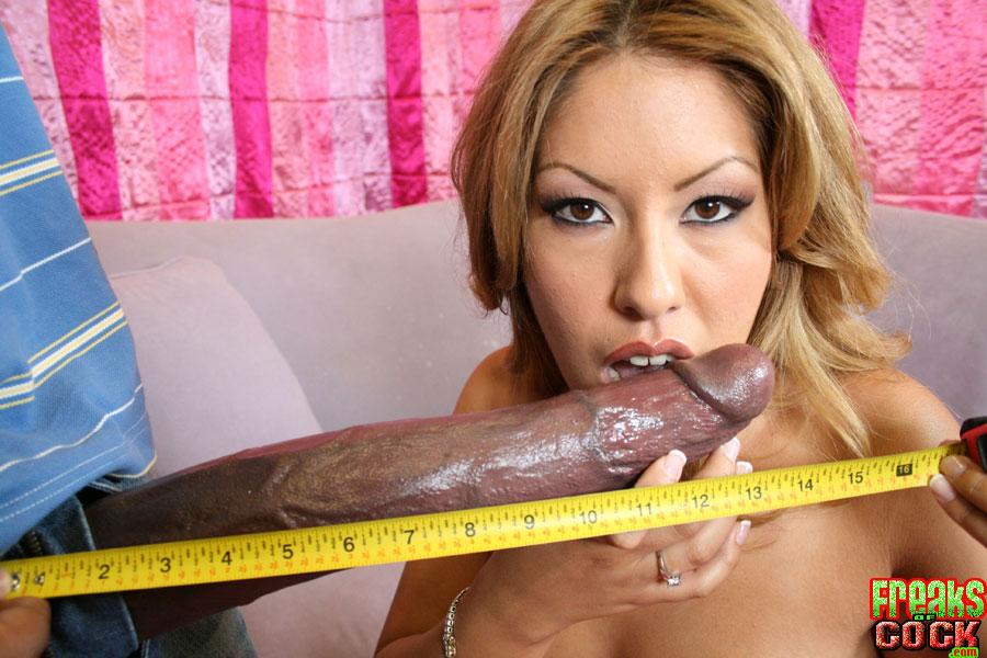 Хуй мексиканца больше руки его проститутки смотреть эротику