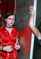 Развратники устроили оргию в ночном клубе 10 фотография