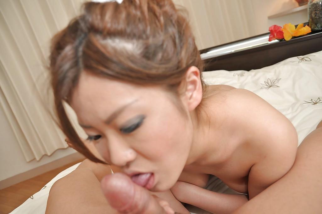 Японка с небритой щелкой отдалась мужу