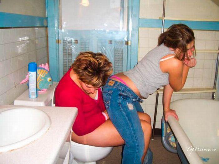 Пьяные девахи не контролируют свое поведение