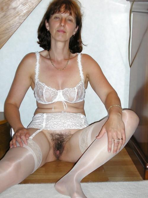 Супруги расставляют ножки и проветривают пушистые киски