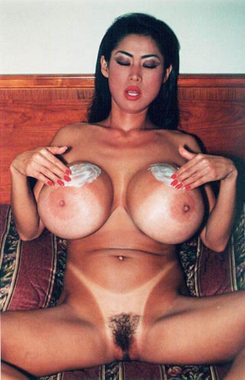 Азиатки большие сиськи голые — img 10
