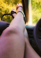 Ножки и красивые киски девушек от первого лица 13 фотография