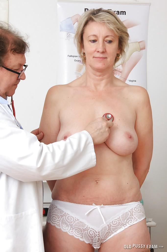 Порно на приеме у гинеколога зрелые