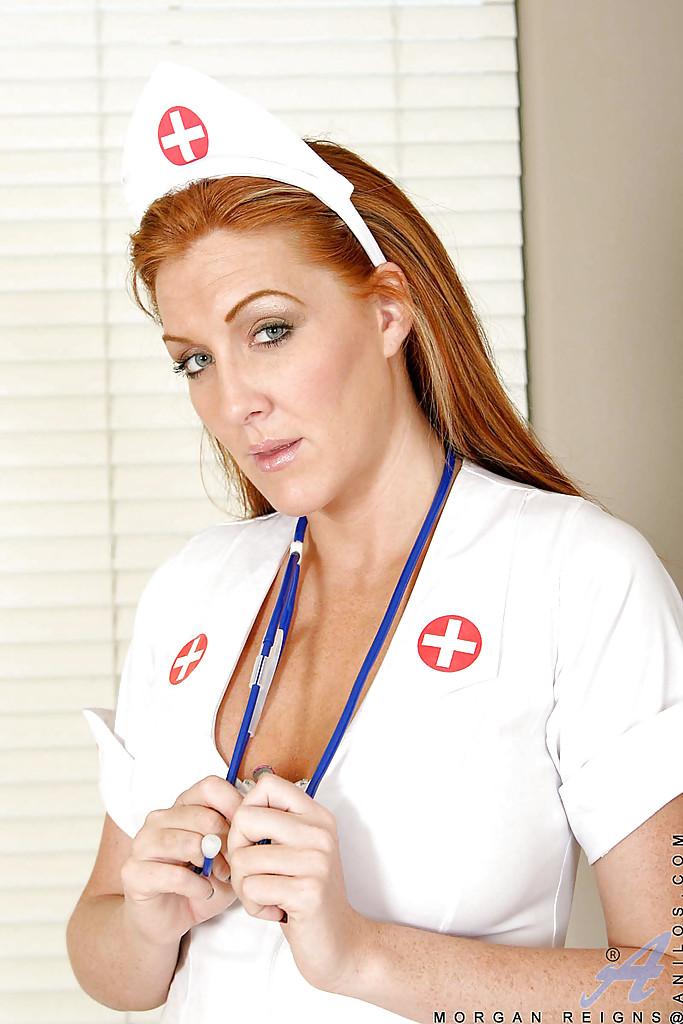 Порно С Большегрудыми Медсестрами