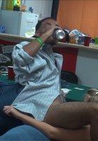 Пьяные студентки трахаются с одногруппниками на вечеринке 14 фотография